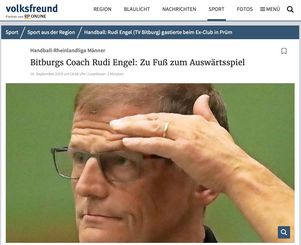 """Volksfreund-Artikel: """"Bitburgs Coach Rudi Engel: Zu Fuß zum Auswärtsspiel"""""""