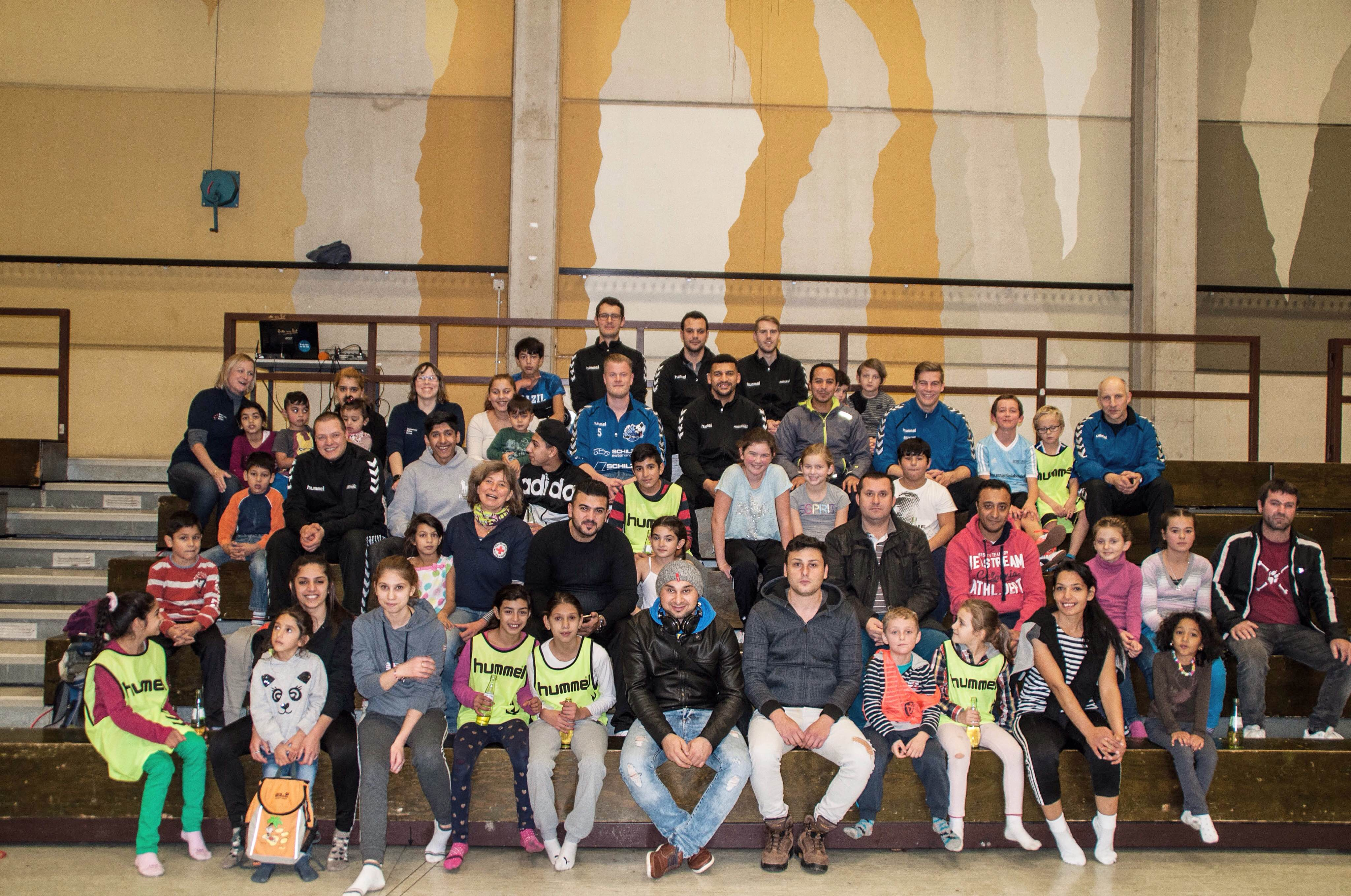 Handball-Schnuppertraining mit Flüchtlingen ein voller Erfolg